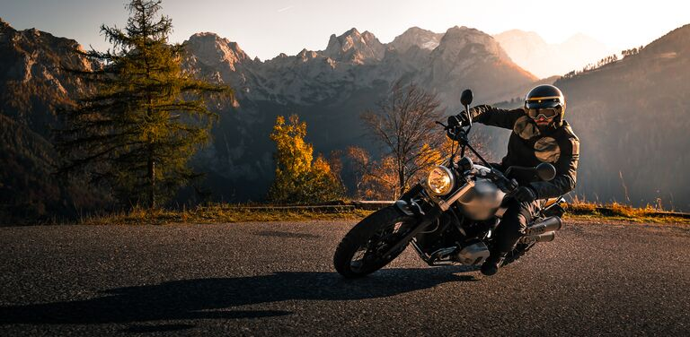 AXA motorcycle insurance – get your discount now