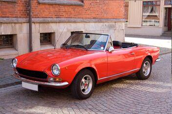 Fiat Spider - AXA