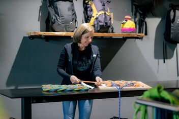 Isa Schindler makes floormats from old climbing ropes.