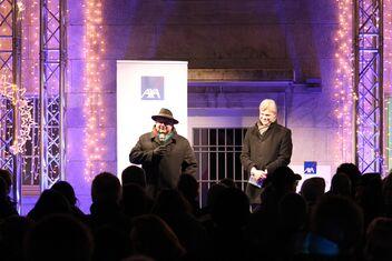 Philippe Egger (à gauche) et Antimo Perretta (à droite) lors de la fête de Noël d'AXA Winterthur